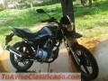Gran oferta de moto semi deportiva 2013 150 cc con placa i papeles al dia lista pa usar